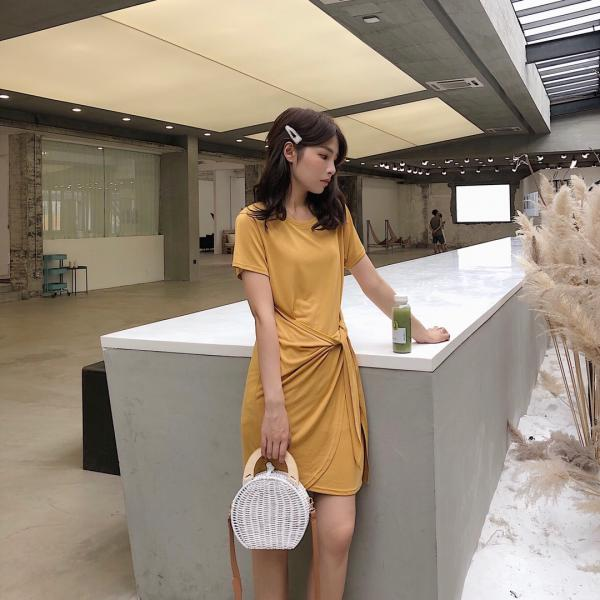 法式系带显瘦连衣裙
